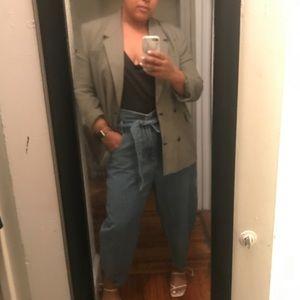 High waist belted jeans